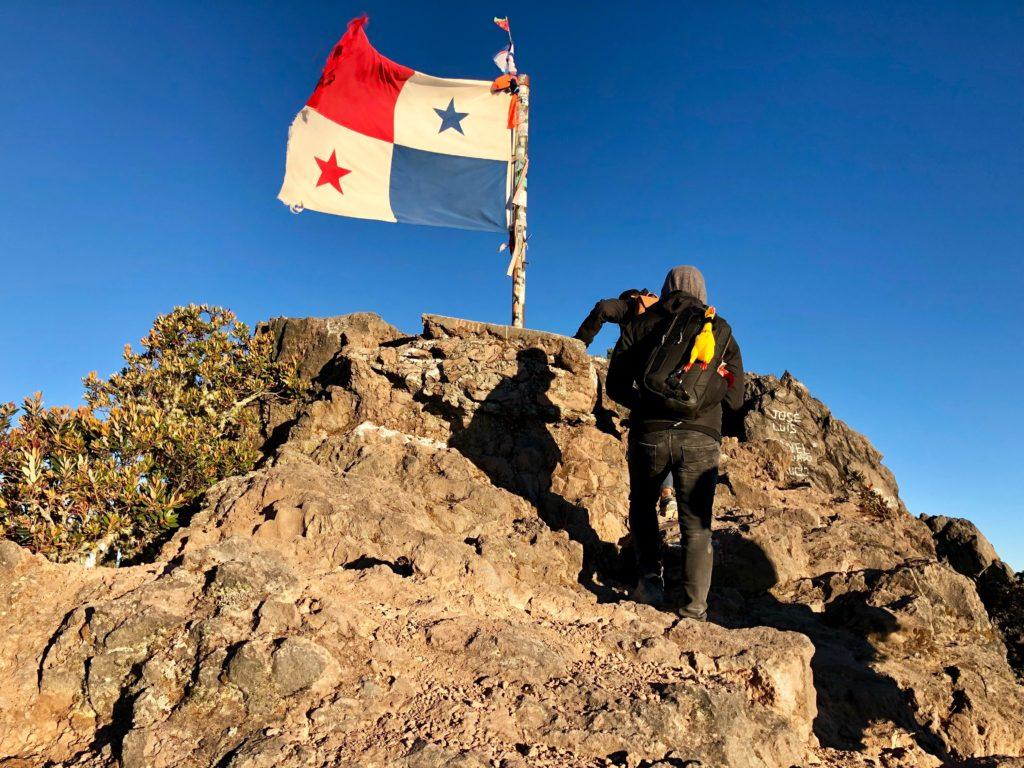 Bandera de Panamá en Volcán
