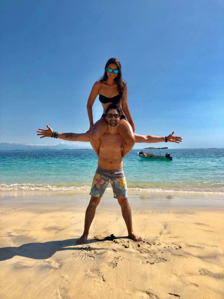 Jugando en Isla Bolaños
