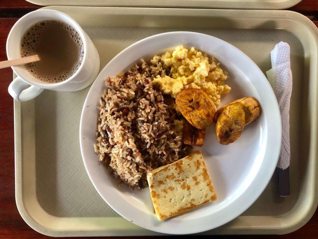 Desayuno Tico Típico