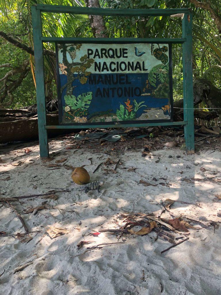 Parque Nacional Manuel Antonio 001