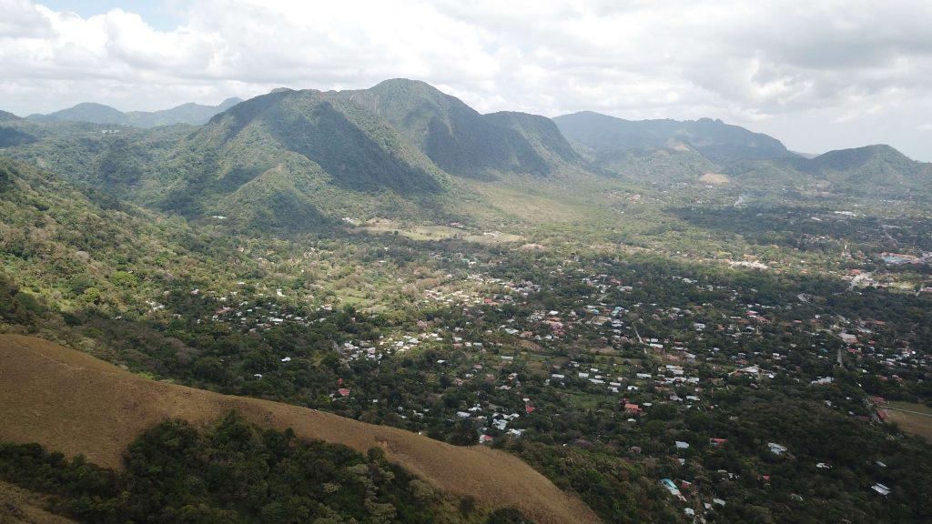 Pueblo Del Valle de Antón 002
